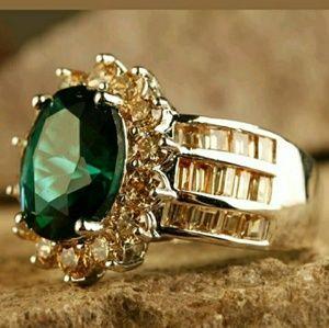 Beautiful! Emerald Quartz & Morganite Ring size 9